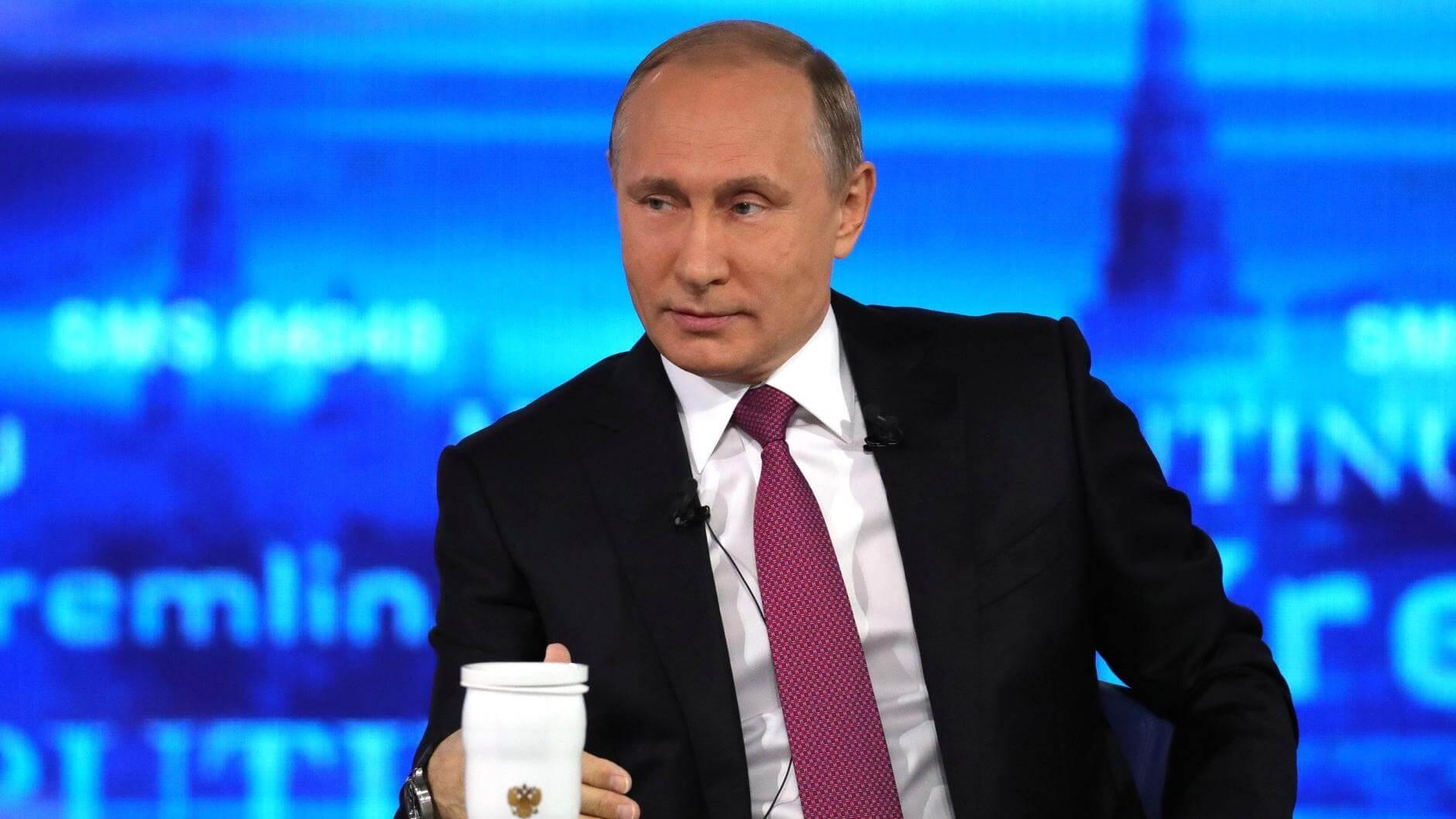 В России употребляют алкоголя меньше, чем в Германии. Что еще сказал Путин на прямой трансляции.