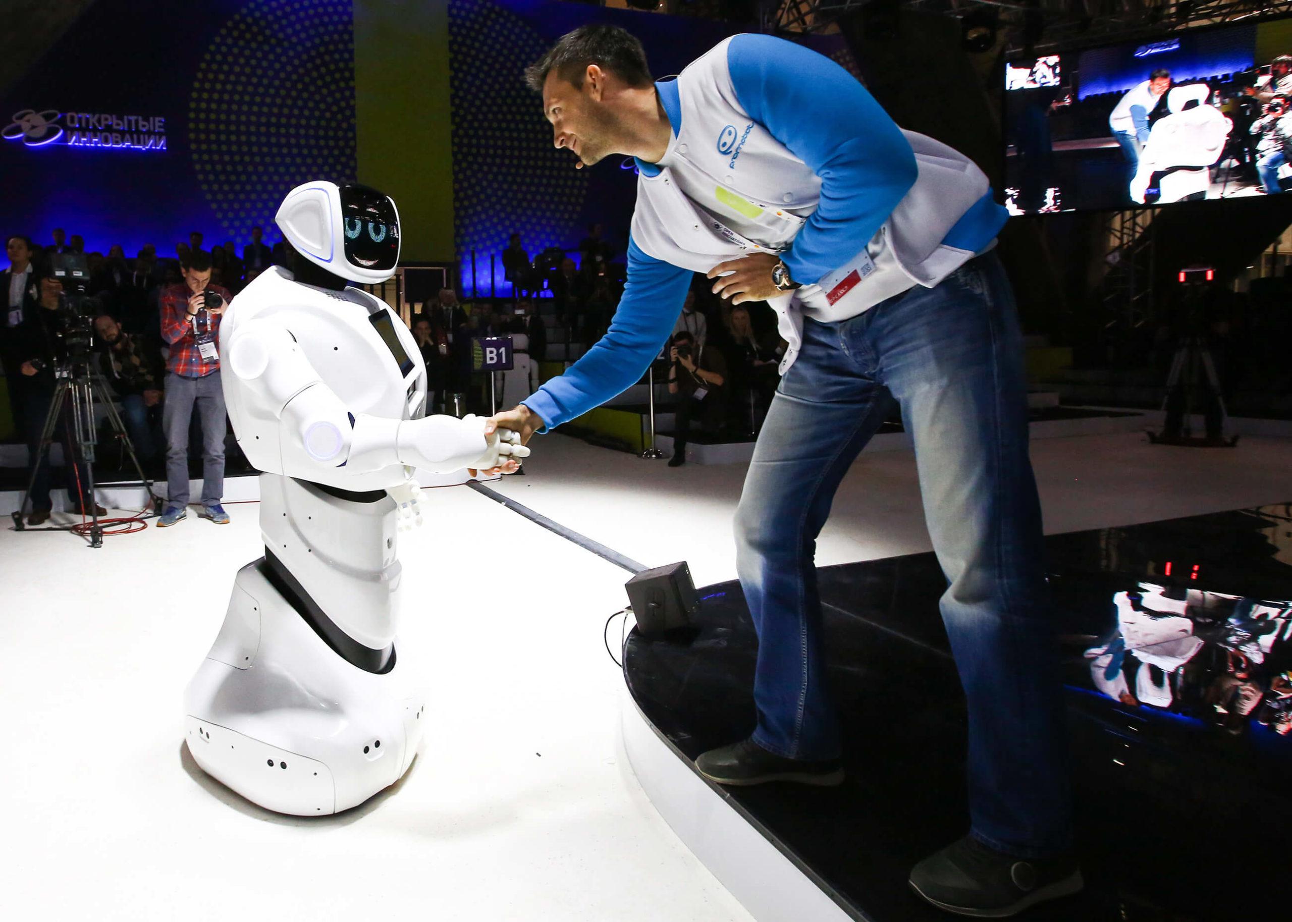 Россиянам пора бежать из страны — почему искусственный интеллект предложил такое?
