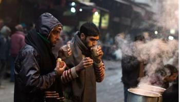 Сибирь «поделилась» морозами с Индией. Как люди проживают холода в стране, где нет отопления