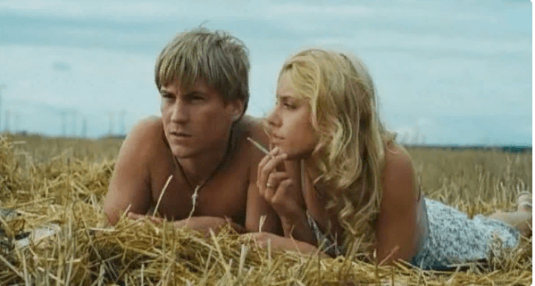 Никита Тезин - молодой и талантливый актер и его очаровательная супруга