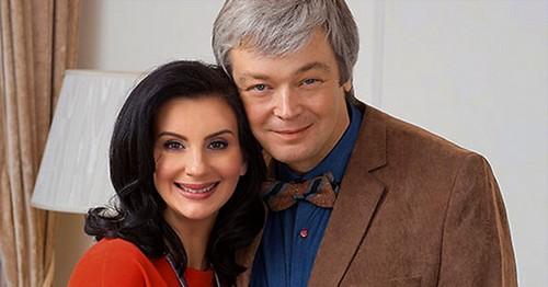 Знаменитые пары, которые вместе со школьной скамьи