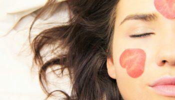 6 вредных привычек, которые очень быстро состарят вашу кожу