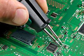Выводной монтаж электронных компонентов: преимущества и недостатки