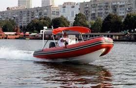 Надувная ПВХ лодка: особенности и преимущества