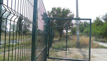 Заборные конструкции из прутьев