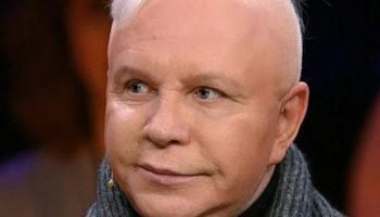 Борис Моисеев, перенёсший инсульт, стал чувствовать себя хуже