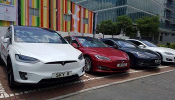 Из-за ошибки в Дата-центре владельцы Tesla лишились доступа к машинам